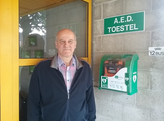 AED toestel sporthal Borgloon